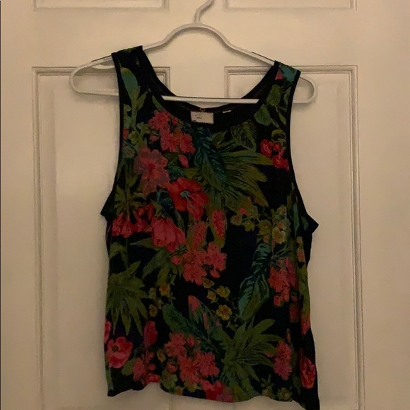Anthropologie Tops - Sleeveless top. Great alone or under sweaters